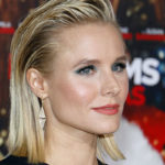 Kristen Bell Apologizes to Her Fans for this Shocking Reason
