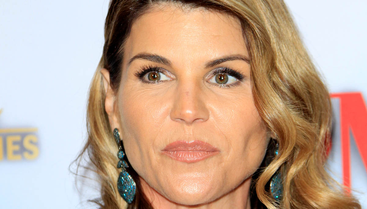 Lori Loughlin faces more federal charges