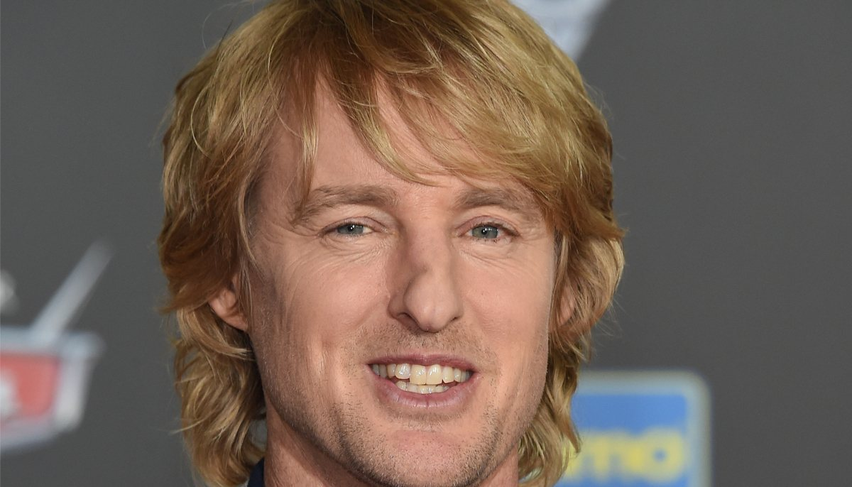 owen wilson is a deadbeat dad that doesn't even see his own daughter