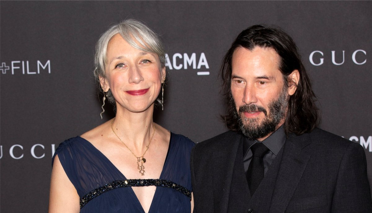 alexandra grant and keanu reeves at the art and film gala