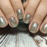 How to Get Perfectly Glam Glitter Nails the Easy Way