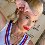 """Gwen Stefani Recreates """"Just a Girl"""" Look 25 Years Later"""